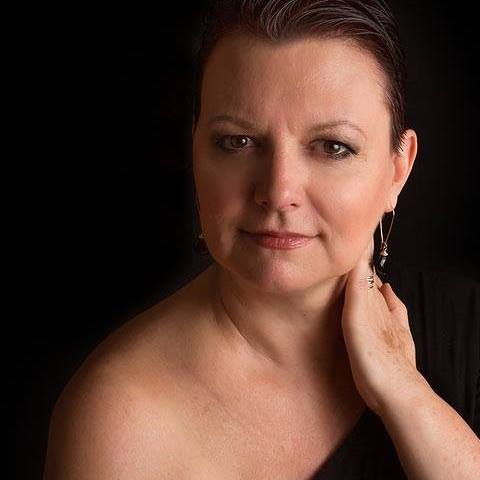 Linda Trumpfheller (YogaMama)